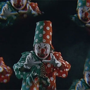 Attack of the psychotics clowns !